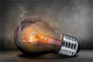 Luce e gas, da oggi necessaria la conciliazione