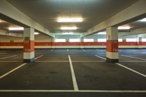 Usucapione del parcheggio condominiale: necessario l'uso pacifico e l'interversione del possesso